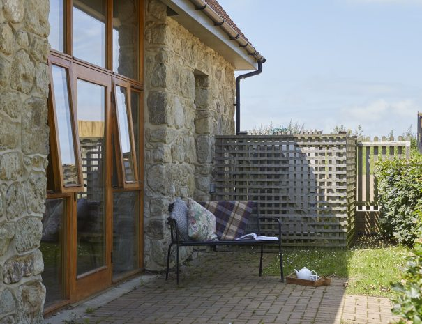 Enclosed outdoor space